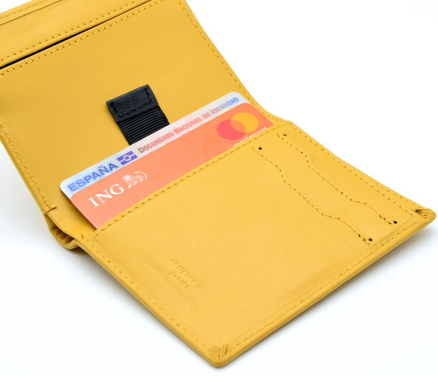 cartera minimalista
